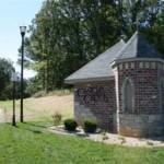 Castle_Creek_Entrance_Monument_(Small)